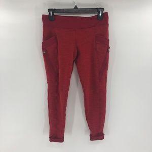 Lululemon Joggers SZ 8 Capri Cuffed Pants Red D10